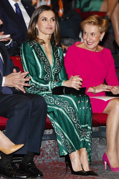 Vestido de verano, escote de vértigo y tacones imposibles: Este es el look más desastroso de Letizia