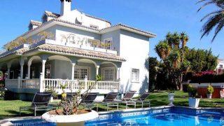 Fachada de la vivienda que se alquila por 700 euros /Booking