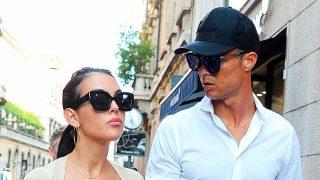 Cristiano Ronaldo y Georgina Rodríguez, paseando por las calles de Milán / Gtres