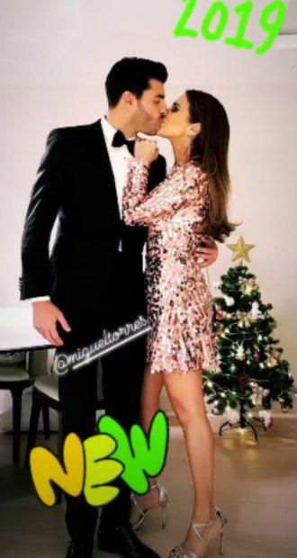 La Nochevieja más VIP de los famosos: Glamour, familia… ¡Y muchos besos!