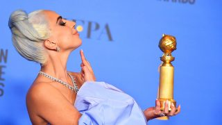 La intérprete Lady Gaga en los Globos de Oro 2019. / Gtres