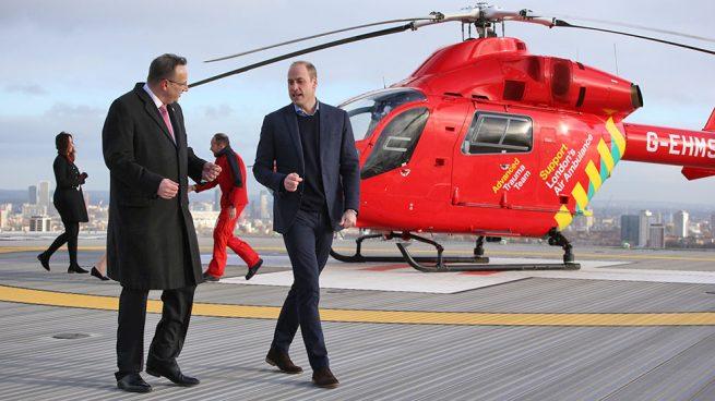 El príncipe Guillermo 'deja tirada' a Kate Middleton en su cumpleaños