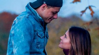 Javier Hernández 'Chicharito'  y su novia Sarah Kohan / Instagram