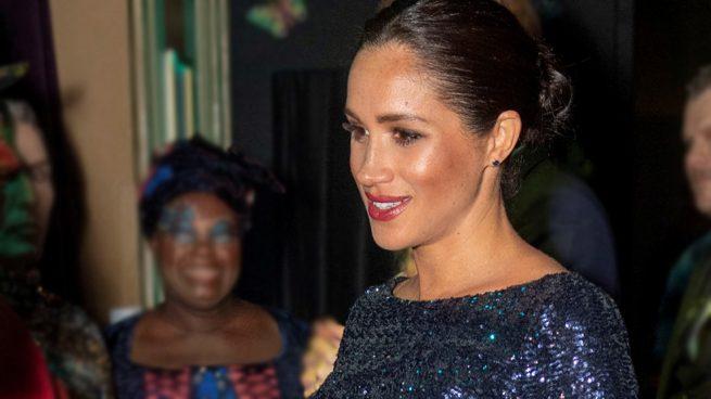 Glitter queen: Meghan Markle declara la guerra a la reina Isabel con guiño a Lady Di