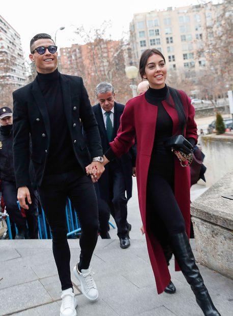 Cristiano y Georgina a su entrada al juzgado / Gtres