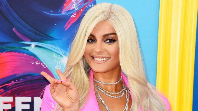 Bebe Rexha explota contra diseñadores que la llaman gorda VIDEO