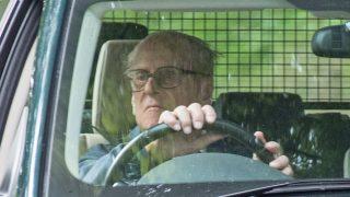 El duque de Edimburgo al volante / Gtres