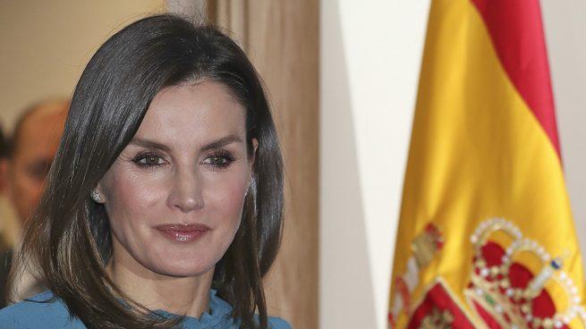 Doña Letizia durante la entrega de las becas / Gtres