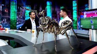 Encontramos la versión 'low cost' de la hormiga que Sergio Ramos ha regalado a Pablo Motos/ Gtres