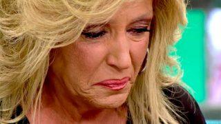 Lydia Lozano rompe a llorar en Sálvame / Mediaset