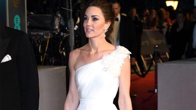 Kate Middleton y la lección a Meghan Markle con vestido de novia y homenaje a Lady Di