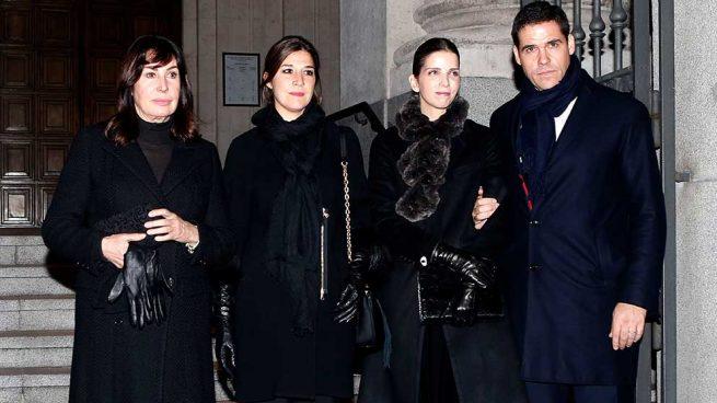 Carmen Martínez Bordiú , Cynthia Rossi, Margarita Vargas y Luis Alfonso de Borbón