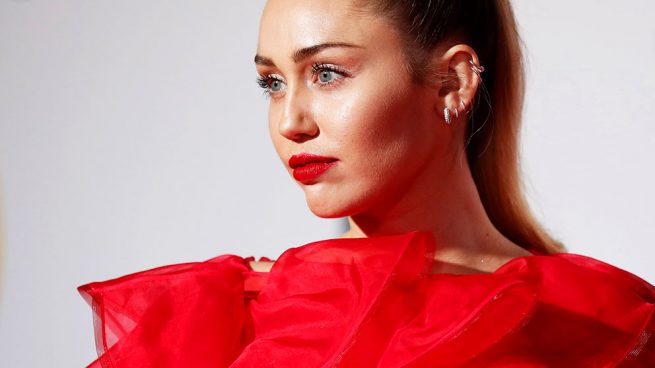 Miley Cyrus valentino san Valentín