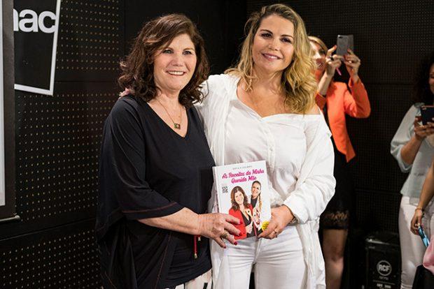 Dolores Aveiro, Katia Aveiro