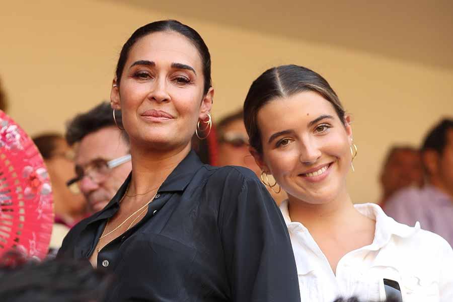 Alba Díaz junto a su madre, Vicky Martín Berrocal, en una imagen de archivo