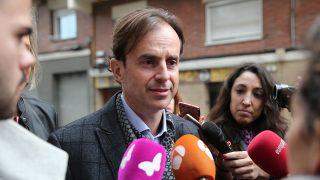 Josep Santacana a su llegada a los juzgados de Esplugues de Llobregat / Gtres