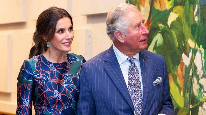 La reina Letizia junto a Carlos de Inglaterra