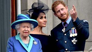 La reina Isabel II para los pies a Harry y Meghan/ Gtres