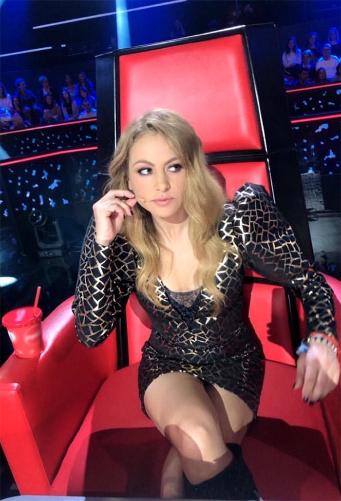Paulina Rubio la voz