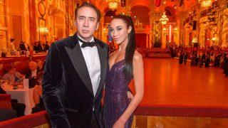 Nicolas Cage, junto a su pareja / Gtres