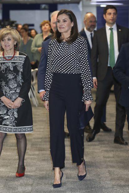 El desafío de Letizia: recupera el look de su 'rifirrafe' con doña Sofía un año después