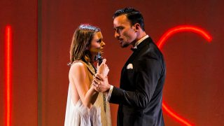 Pablo Puyol y Adriana Torrebejano / Lighuen Desanto