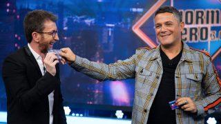 Alejandro Sanz y Pablo Motos están muy unidos./Atresmedia