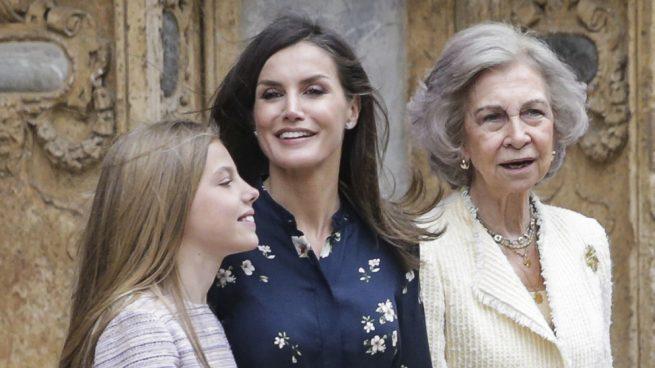 Las imágenes que demuestran que el 'rifirrafe' entre la reina Letizia y doña Sofía es agua pasada