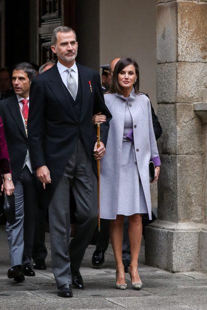 El código Letizia: la Reina cumple con su 'norma' en la entrega del Cervantes