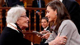 La emotiva entrega del premio Cervantes a la poetisa Ida Vitale / Gtres