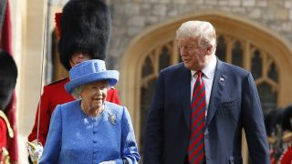 La reina Isabel y Donald Trump / Gtres