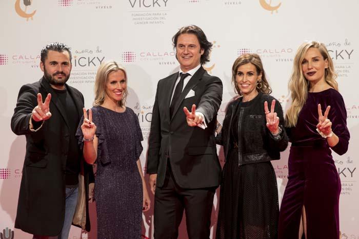 La Fundación 'El sueño de Vicky' celebra su gala anual con un baile de máscaras dirigido por Poty Castillo