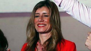 Begoña Gómez estrena rostro en la gran noche del Psoe / Gtres