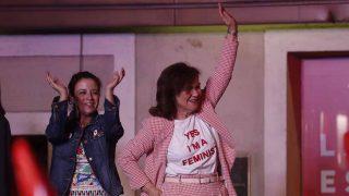 Carmen Calvo lució una original camiseta con mensaje feminista / GTRES