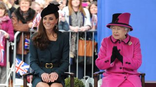La reina Isabel y Kate Middleton / Gtres