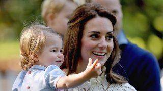 Kate Middleton y su hija, la princesa Charlotte / Gtres