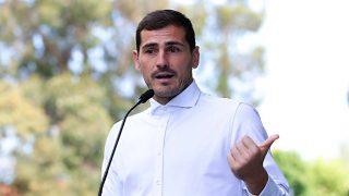 """Iker Casillas abandona emocionado el hospital: """"Lo importante es que lo puedo contar"""" / Gtres"""