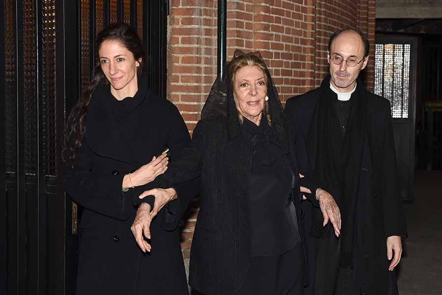 Pitita Ridruejo durante el funeral de su marido en 2016