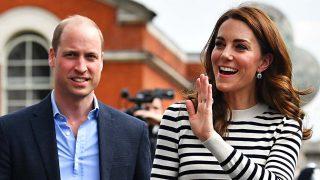El divertido mensaje que los duques de Cambridge han enviado al príncipe Harry tras ser papá / Gtres