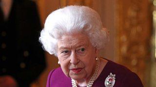 La reina Isabel tras en nacimiento del Baby Sussex /Gtres