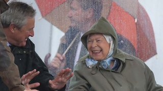 La reina Isabel muy feliz /Gtres