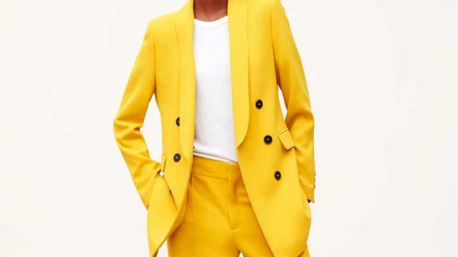 zara traje amarillo