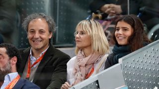 Cayetana Rivera  acudió al tenis junto a su madre, Eugenia Martínez de Irujo y el marido de esta, Narcís Rebollo/ Gtres