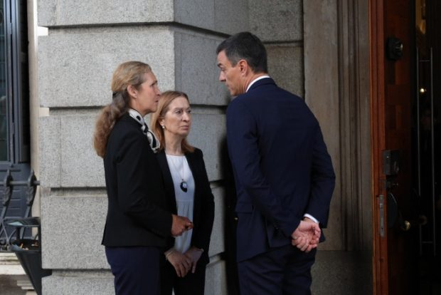 Don Juan Carlos y doña Sofía dan su último adiós a Alfredo Pérez Rubalcaba
