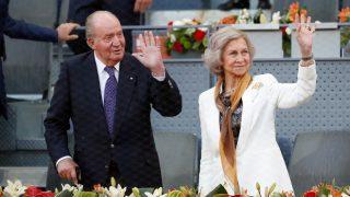 Don Juan Carlos y doña Sofía, en su última aparición juntos, en el Mutua Madrid Open de tenis / Gtres