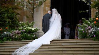 Lady Gabriella Windsor, a su llegada a la capilla para su boda / Gtres.