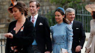 Pippa Middleton, junto a su marido James Matthews, a su llegada / Gtres.