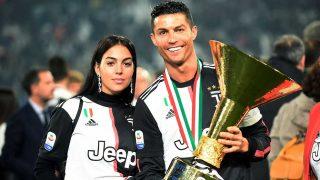 Cristiano Ronaldo, y Georgina, durante la celebración del título de liga italiana/ Gtre