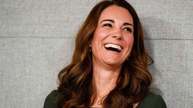 Kate Middleton por fin consigue ser 'trendy' con un pantalón de Massimo Dutti