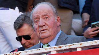 Por la puerta grande: el retorno de don Juan Carlos tras su inesperado anuncio / Gtres